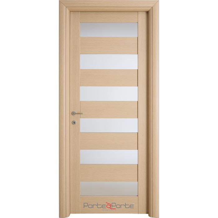 porte interne in legno con lastre di vetro